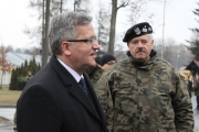 prezydent_komorowski_jednostka_wojskowa_004
