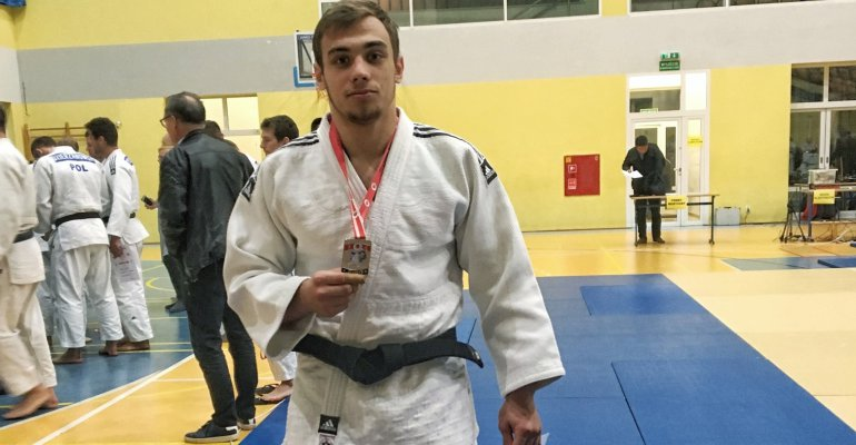 Student z Rzeszowa na podium Pucharu Polski Seniorów w judo