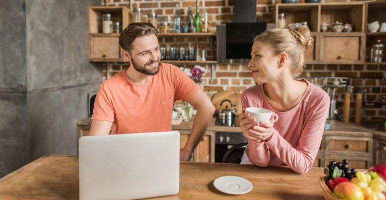 Jak bezpiecznie korzystać z pożyczek internetowych?