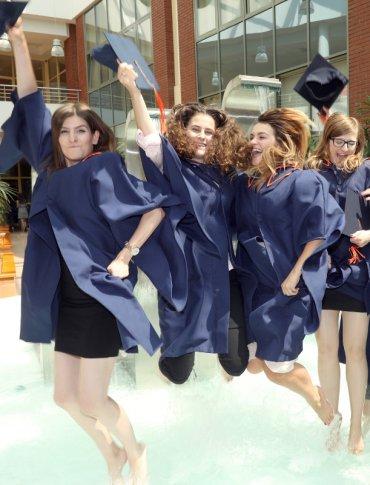 Graduacja Absolwentów 2018 w sobotę w rzeszowskiej WSPiA (Foto)