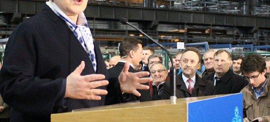 Premier Beata Szydło w sanockim Autosanie (FILM, ZDJĘCIA)
