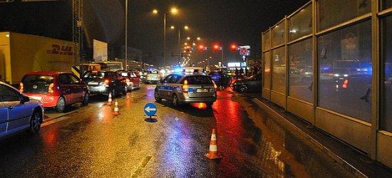 RZESZÓW: Dwie osoby ranne i osiem uszkodzonych pojazdów