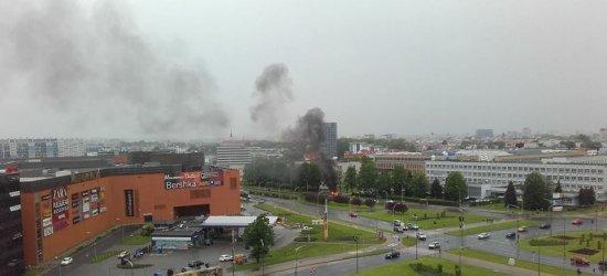 Na ulicy Kopisto spłonął samochód [ZDJĘCIA INTERNAUTKI]
