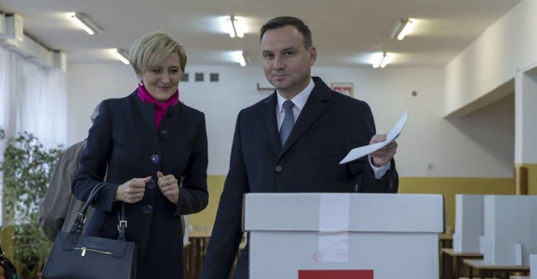 Mija rok od zwycięstwa A. Dudy. Na Podkarpaciu B. Komorowski wygrał tylko w 4 miejscowościach