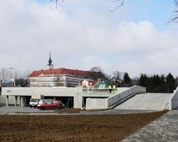 Parking przy Olszynkach rośnie w oczach. Będzie prawie 400 miejsc parkingowych [ZDJĘCIA]