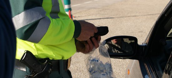 WSZYSTKICH ŚWIĘTYCH NA DROGACH: 34 wypadki, ofiara śmiertelna i kierowcy po kilku głębszych