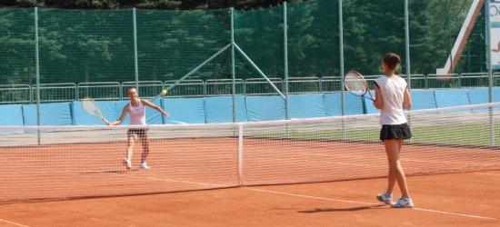 Turniej tenisa na otwarcie nowych kortów