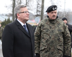 Prezydent Komorowski rozpoczął turnee po Polsce. Zobacz zdjęcia z wizyty w Rzeszowie! (FOTO)