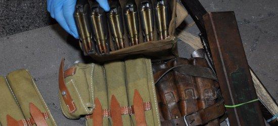 Ręczny granat w samochodzie na granicy (FOTO)