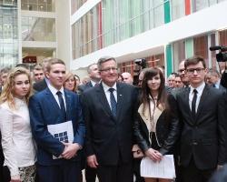 Prezydent RP zobaczył się ze studentami Uniwersytetu Rzeszowskiego (FOTO)