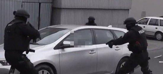 36-letni rzeszowianin napadł na bank w Jarosławiu (VIDEO, FOTO)