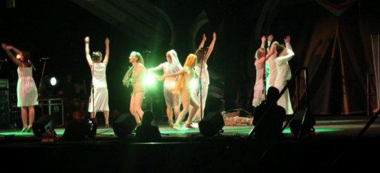 Teatr i fotografia na jubileusz. Darmowe spektakle!