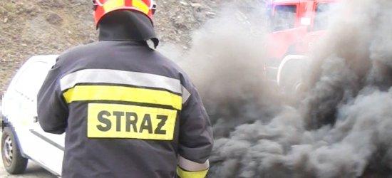 Na ul. Krakowskiej spalił się samochód. Utrudnienia w ruchu