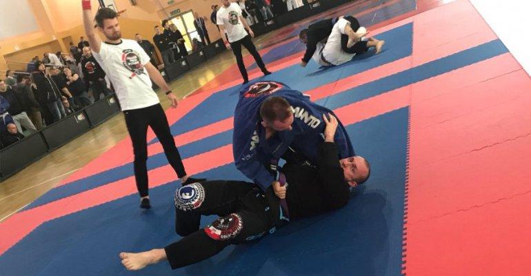Policyjną służbę godzi z pasją do brazylijskiego  jiu jitsu (FOTO)