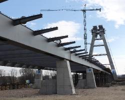 Pylon coraz większy. Most nad Wisłokiem rośnie w oczach