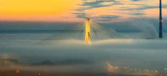 3008 znakomitych zdjęć. Most im. Mazowieckiego, jakiego nie widzieliście (FILM)