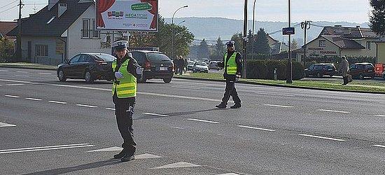 Policyjna akcja Znicz. Zmiany organizacji ruchu w obrębie rzeszowskich cmentarzy