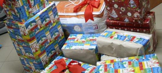 Kupić prezenty, zorganizować Święta i… nie popaść w długi. Sprawdź, jak to zrobić!